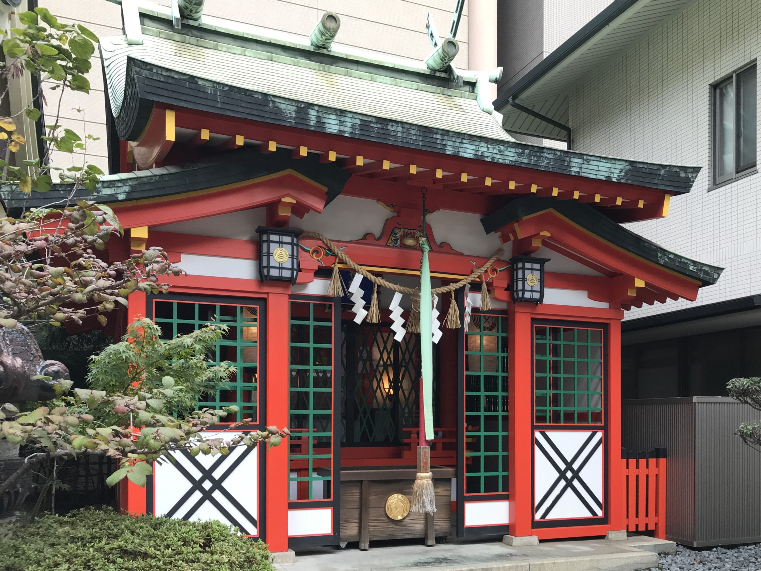 坐摩神社の稲荷神社で商売繁盛祈願