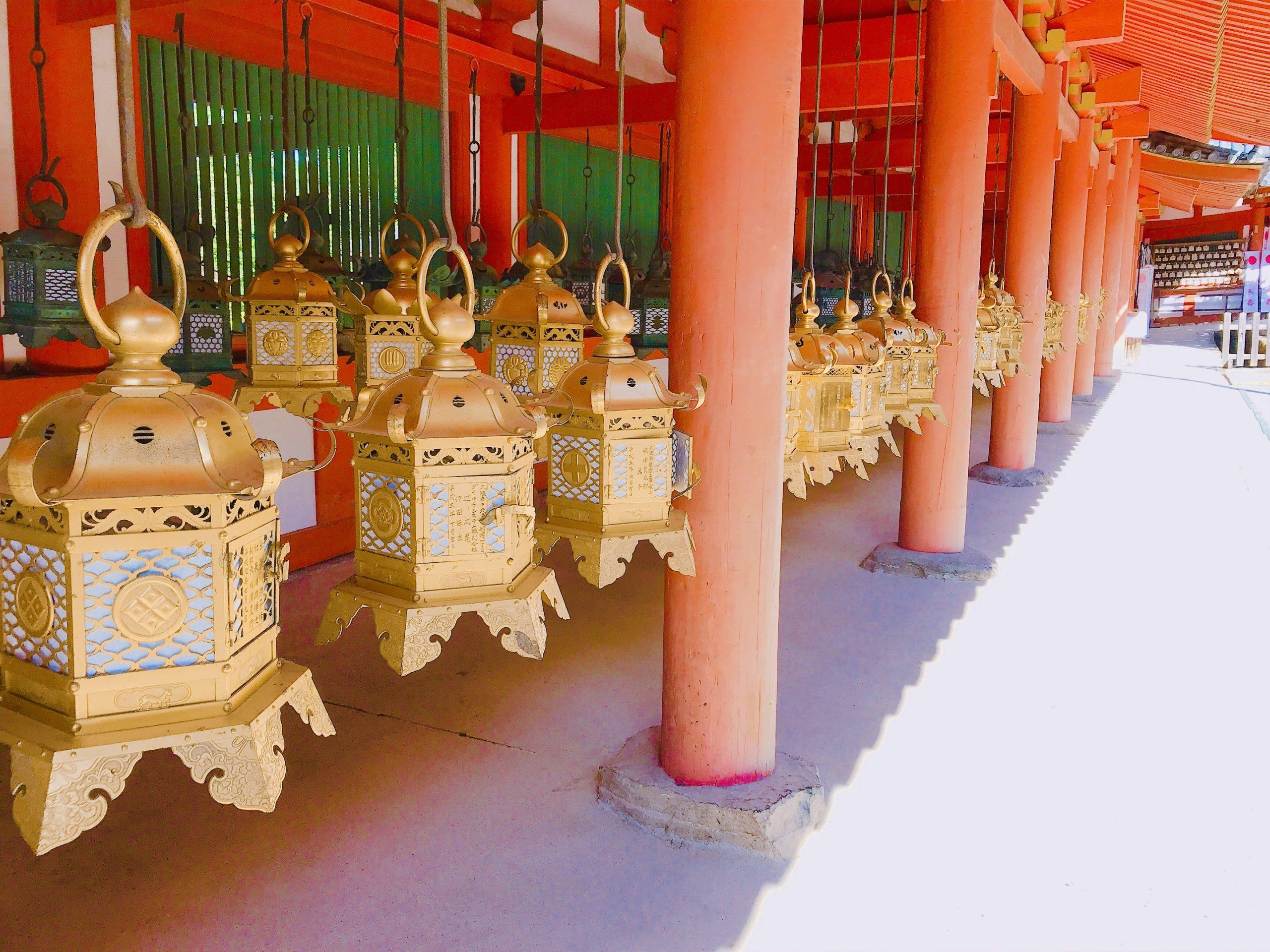 春日大社は奈良のパワースポット!3000基もの灯篭があるお宮