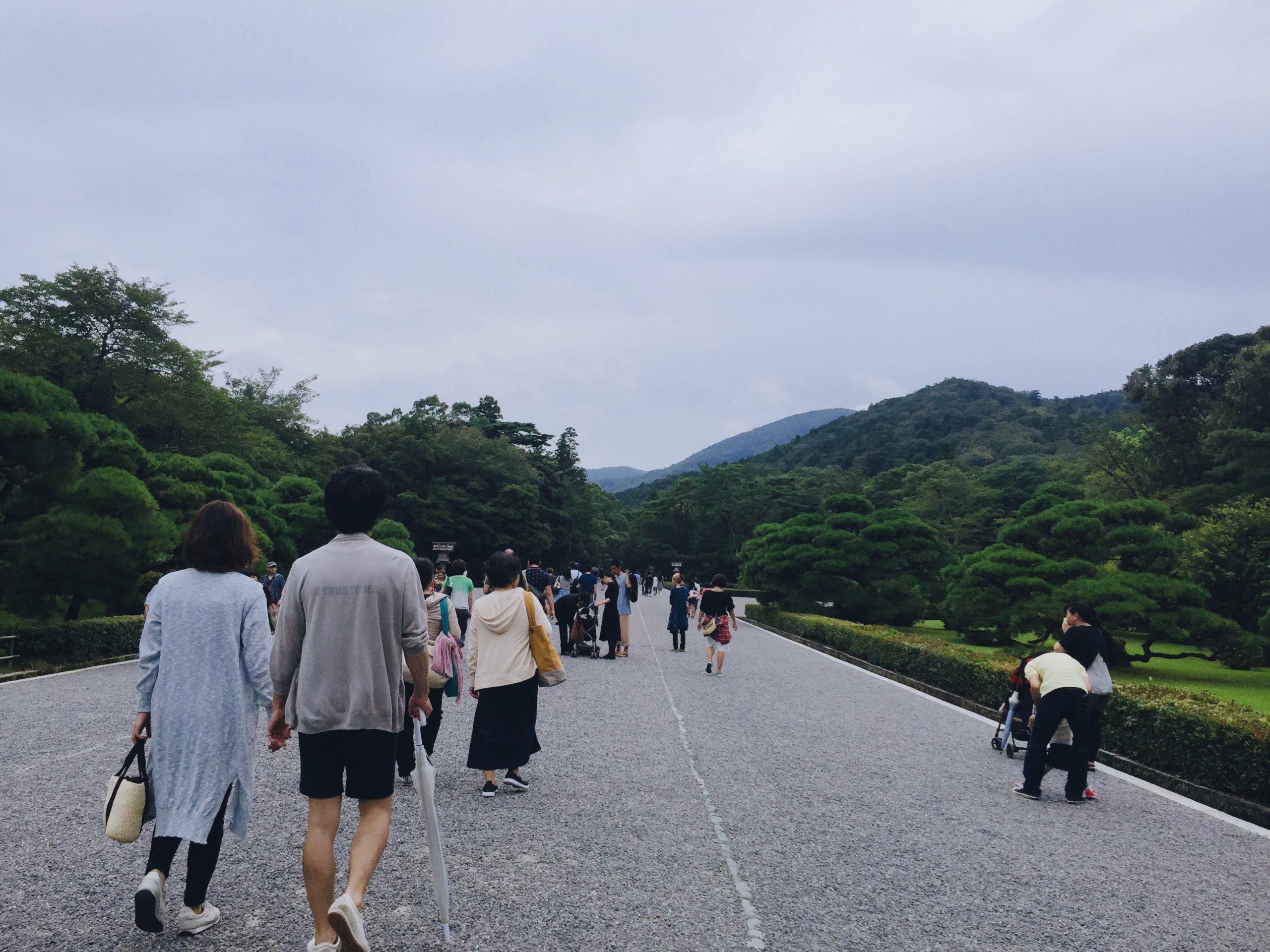 伊勢神宮の見どころ・歩きやすい靴が必須