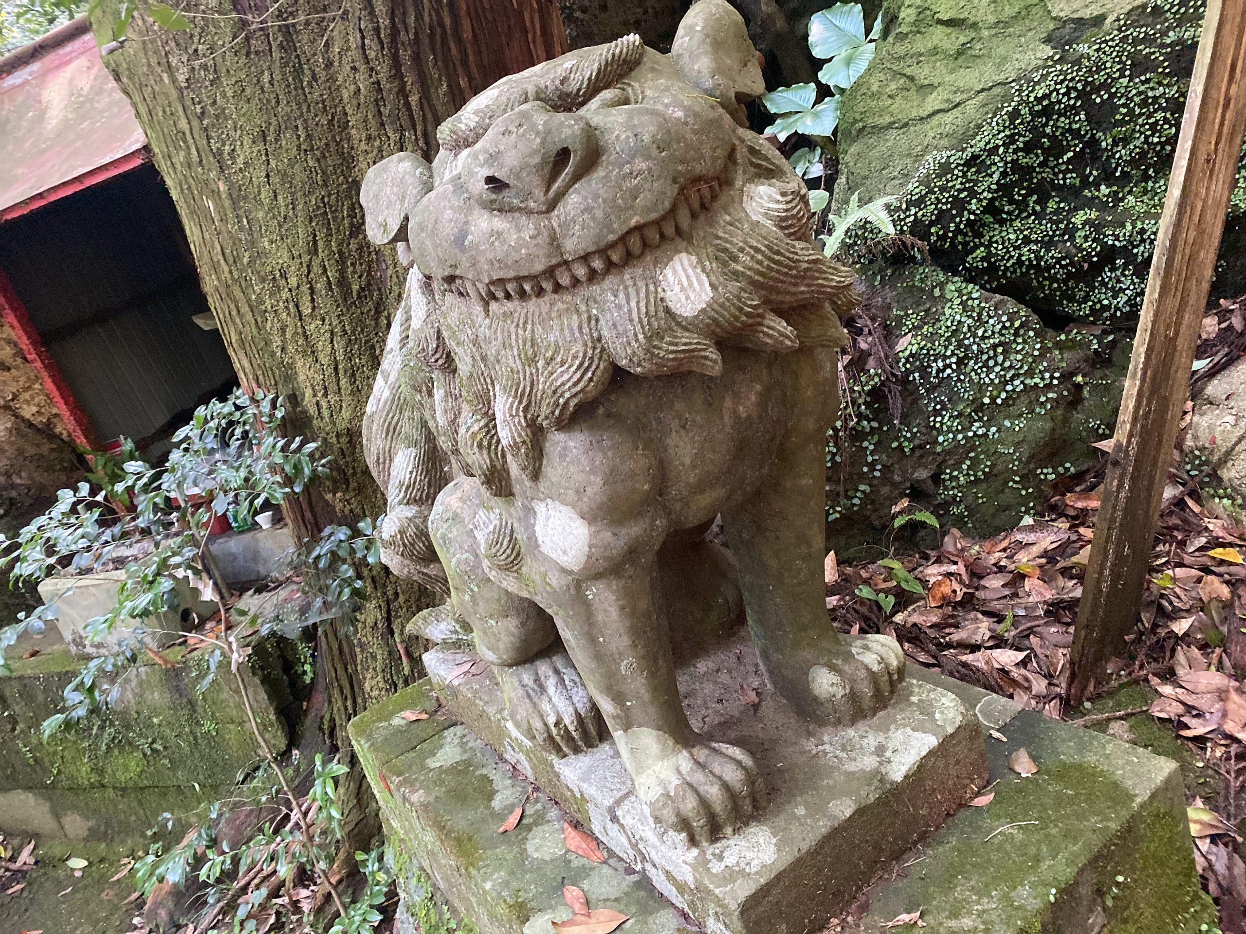 猿場稲荷神社の狛犬