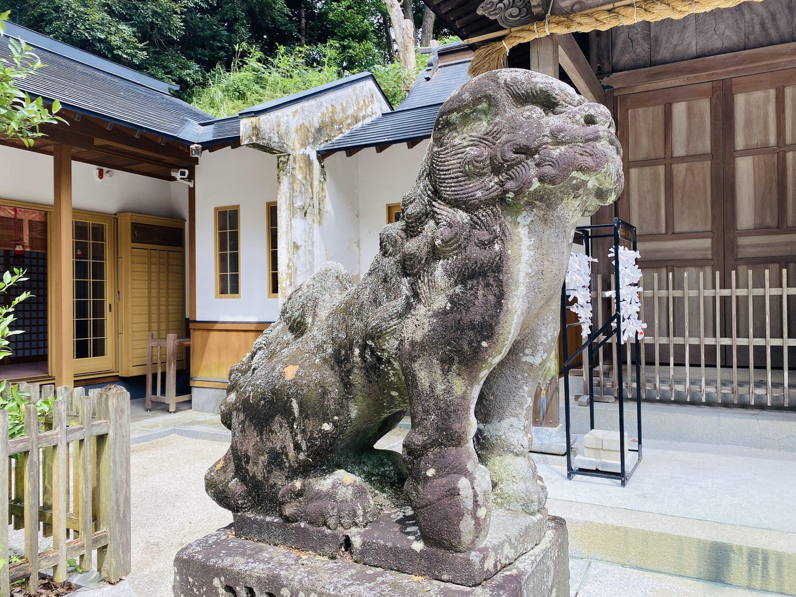 伊萬里神社の狛犬